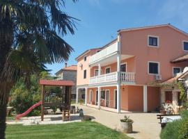 Apartments Sorgo, room in Novigrad Istria