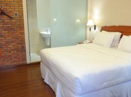 Thong's Inn Kualanamu Transit Hotel