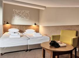 Daniel Griffin Aparthotel by Artery Hotels, hotel near Wawel Royal Castle, Krakow