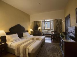Arabian Courtyard Hotel & Spa, hotel near Grand Mosque, Dubai