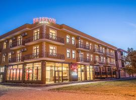 Отель Бристон, отель в Анапе