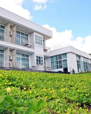 Pua De View Boutique Resort