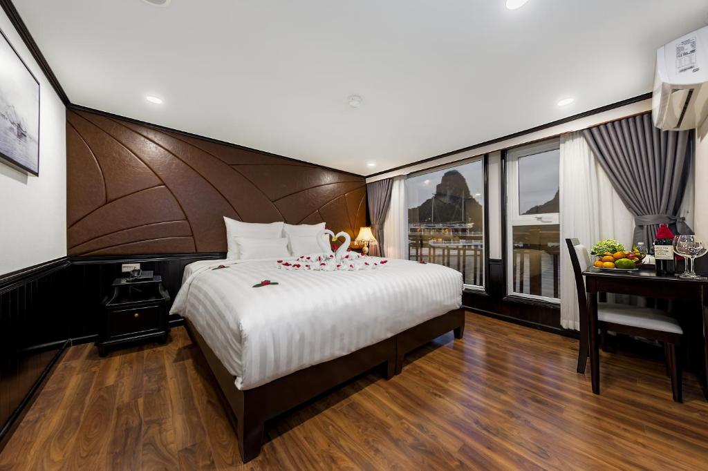 Photo of Executive Room with Ocean View #1