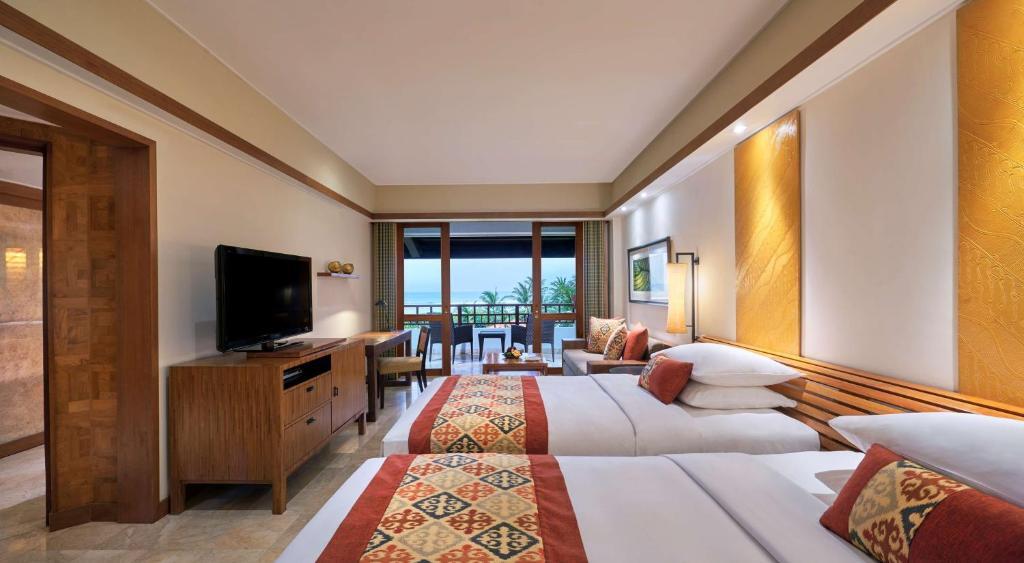 Номер з 2 односпальними ліжками, видом на океан та доступом до клубу: фотографія №1