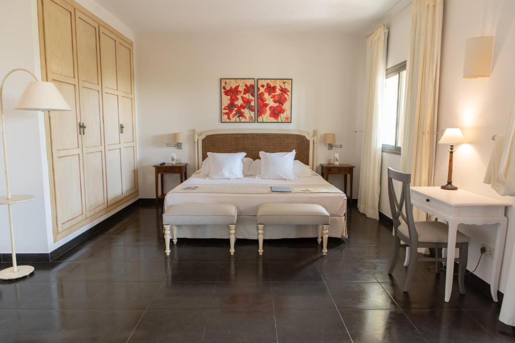 boutique hotels in balearic islands  186