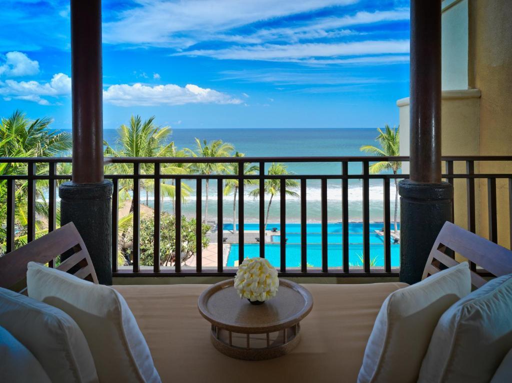 Люкс із 2 спальнями та видом на океан: фотографія №3