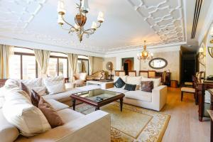 Zabeel Saray Luxury 5 bedroom Lagoon Villa