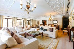 Zabeel Saray Luxury 5 bedroom Lagoon Villa
