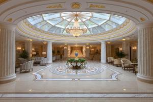 Risultato immagini per san pietroburgo hotel 300x200