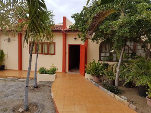 Lili's Lodge