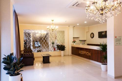 Отель Мелитон