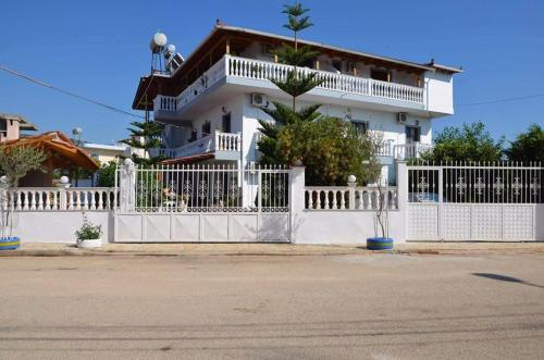 Garden Villa Veli