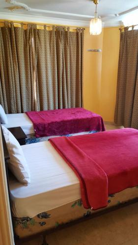 Amwaj Al Corniche Hotel Suites