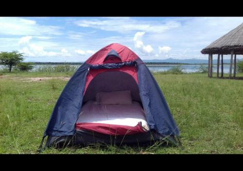 Kasenyi Lake Retreat & Campsite