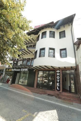 Hotel Cleon