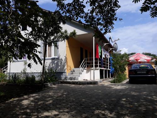 Mano & Datos house