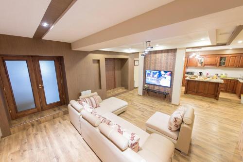 Azara Guest House