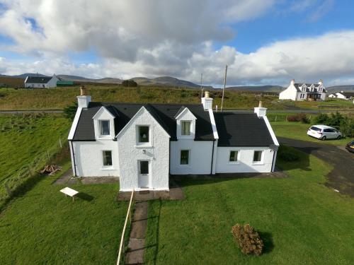 Taigh Rob Holiday Home