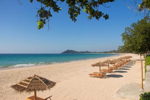 Pristine Mermaid Resort