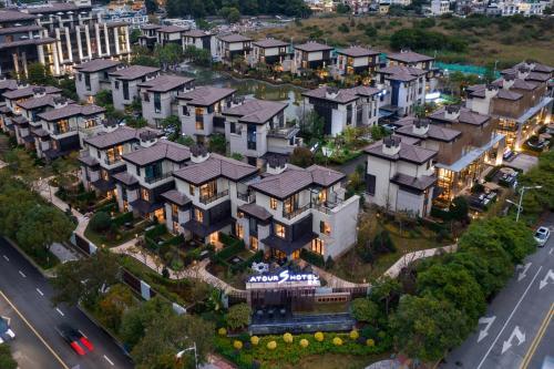 Atour S Villa Hotel