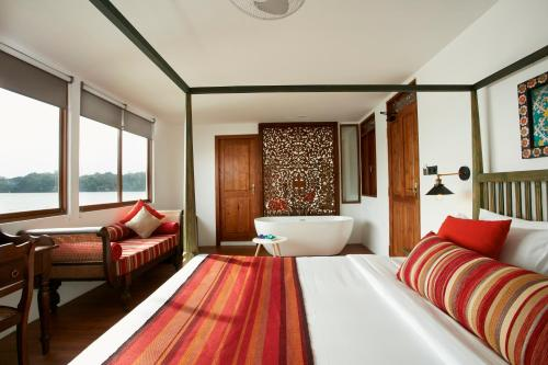 Flow by The Amber Collection - Luxury River Cruise