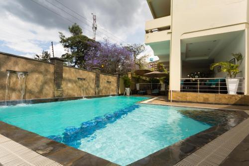 Reata Apartment Hotel
