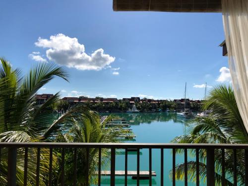 Eden Island Marina apt. with a jet ski, BBQ grill, WiFi, Sat TV and pool