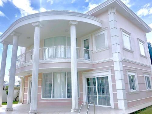 Villa Altun