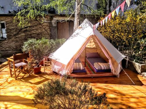 Guesthouse & Camp for Adventurers Urban Guerrilla