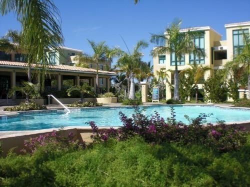 Duplex In Paradise