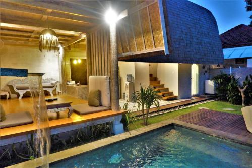 Villa Made East