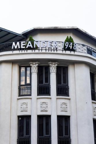 Meander 1948 Hostel - Taipei Main Station