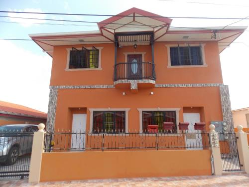Stewart Apt-Trincity,Airport,Washer,Dryer,Office,Premium TV,WIFI,Secure