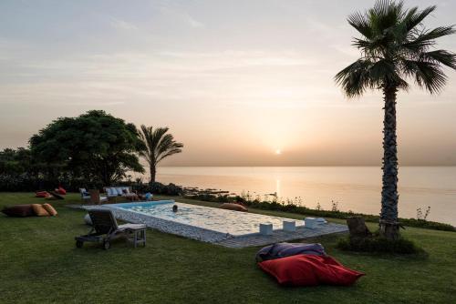 Anfeh Beach Front Villa - Private Shore & Pier