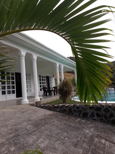 Villa Rodr'Island