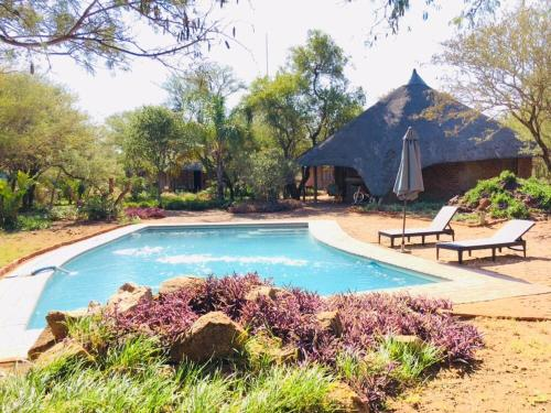 African Casa chalets and Campsite