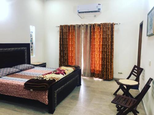 Furnish House in Bahria town Lahore