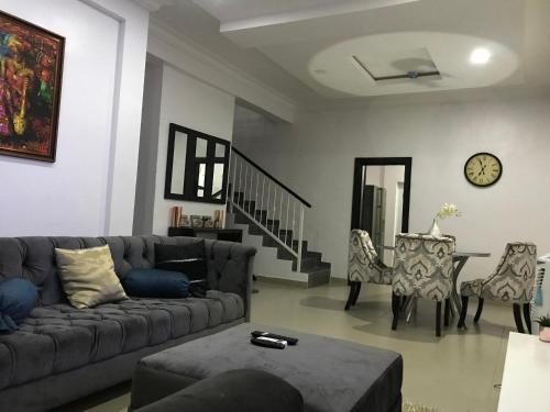 Alexander Court Three(3) Bedroom Duplex