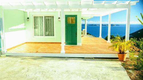 Oca Maloca Tortola Sunny 1-bed apartment