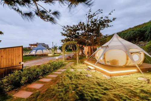 Treading stars campsite