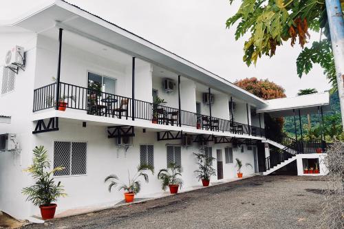 Lotopa Lodge