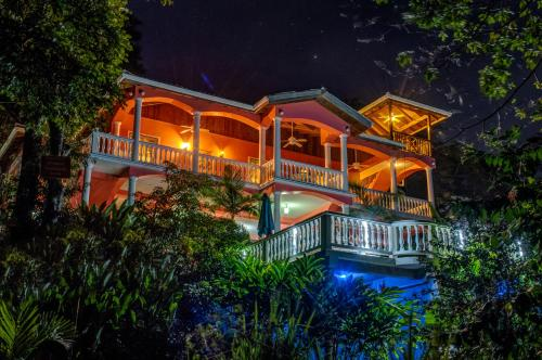 Seaside Inn Roatan