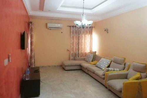 Exotic 3 Bed Villa, Lekki Phase II