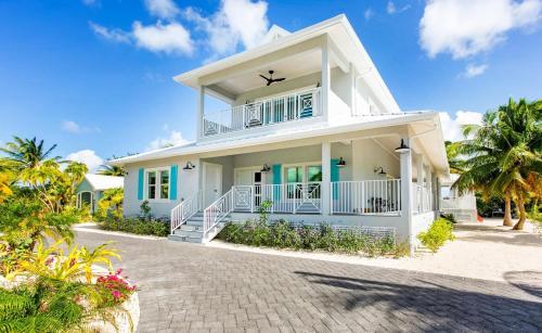 Wight Away by Cayman Villas
