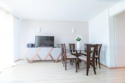 White Apartment de Libreville