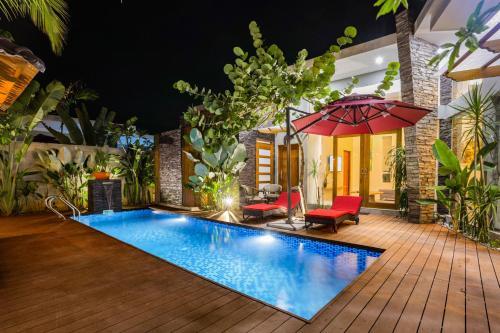 Maneh Villa - Private Pool
