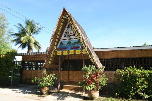 Airai Ocean View Lodge