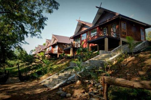 Mr. Charles River View Lodge