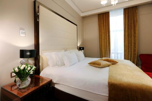 Grand Hotel Yerevan - Small Luxury Hotels of the World