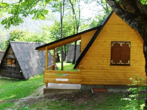 Camp Borasnica Bungalows